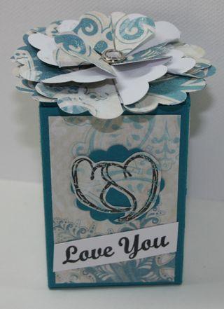 Rr-scallop-flower-box